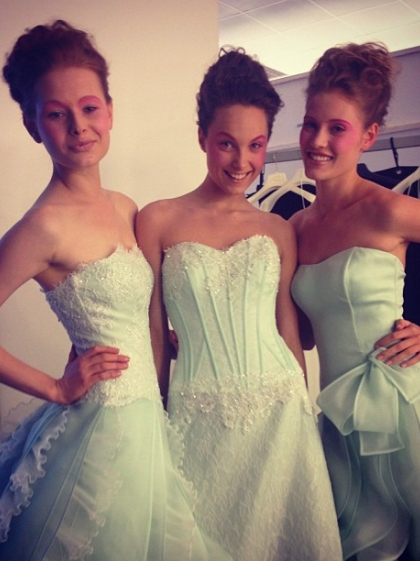 Another backstage photo of Nikola with girls from Vogue Sposa photoshoot