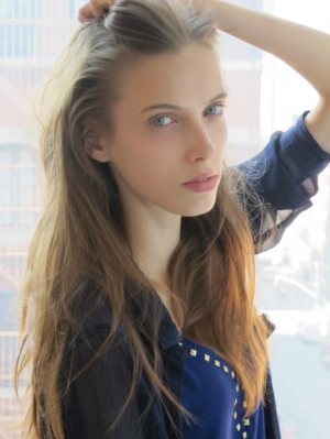 Hello New York! Fresh snaps of beautiful Denija!!!