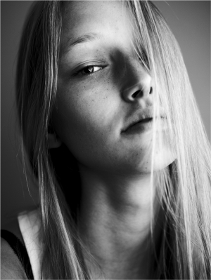 WOW! EVIJA for i-D online new faces!